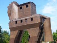 トロヤの木馬